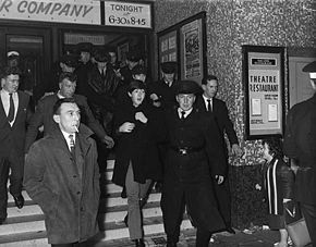 290px-The_Beatles_emerging_from_the_Ritz_Cinema,_Fisherwick_Place,_Belfast_November_8,_1963
