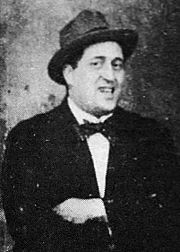 180px-Guillaume_Apollinaire_1914