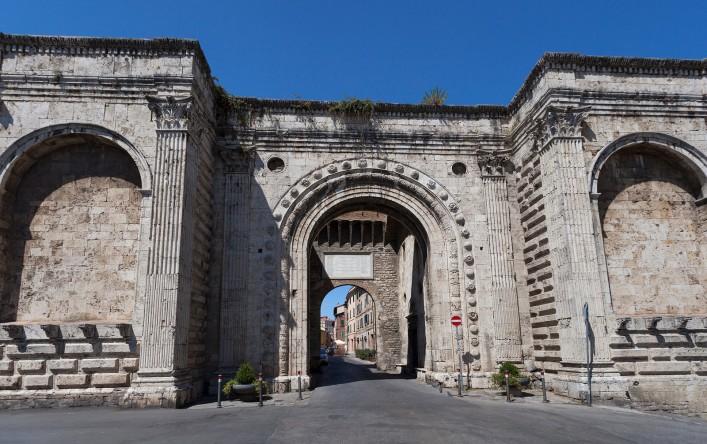 porta_s-_pietro_di_agostino_di_duccio