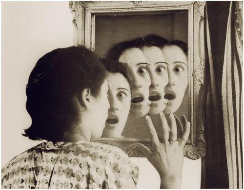 foto-lo-specchio